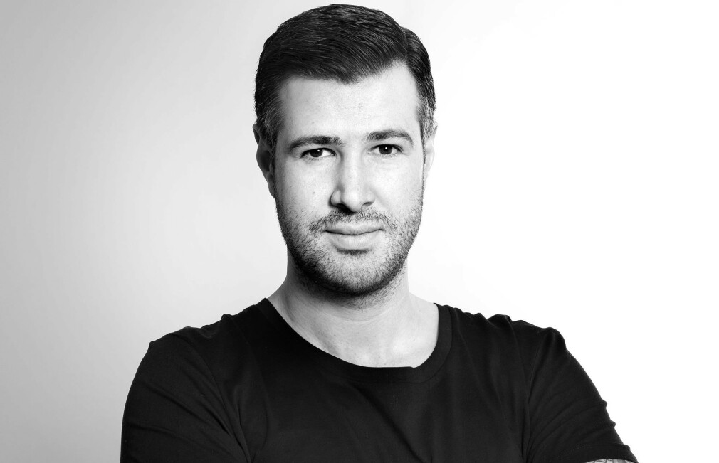 Isaac Gray går ut fra Værsågod og inn i Talented.