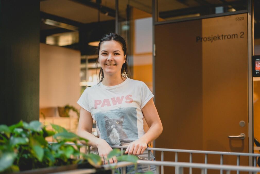 Vigdis Nybø er fagansvarlig og rådgiver i Netlife Design, og fikk jobben med å forenkle søknadsskjemaet for Norges folkehøgskoler. 📸: Netflife Design