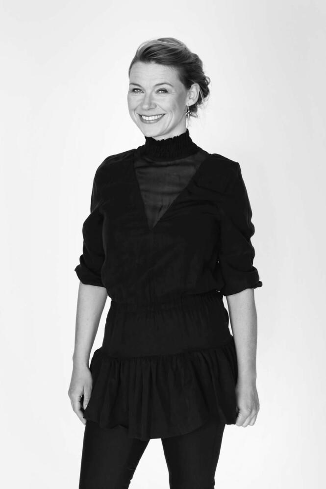Sara Skaarup (45) er sexolog og   journalist. Hun er gift og har to sønner på 10 og 15 år. FOTO: Bo Lynge