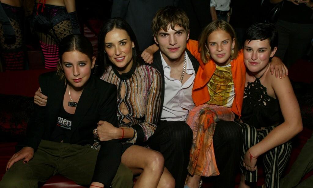 HOLDER KONTAKTEN: Ashton Kutcher røper i en podkast at han fortsatt har god kontakt med ekskona Demi Moores barn. Moore snakker han derimot ikke noe særlig med. Foto: NTB Scanpix