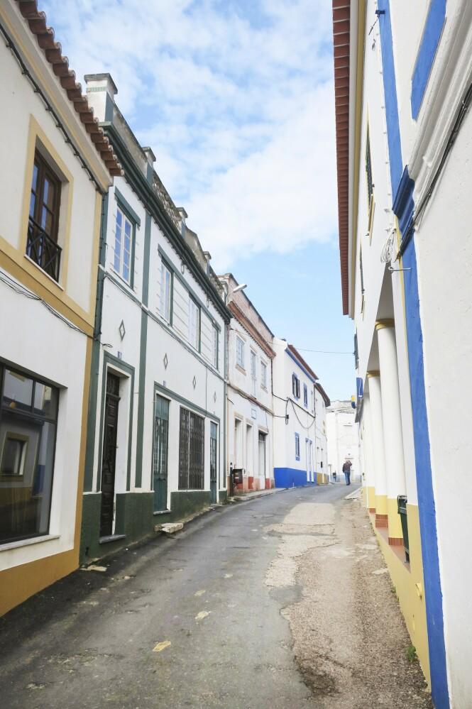 Byen Évora er blant annet kjent for sine trange og koselige gater. FOTO: Karna Bunk-Jensen
