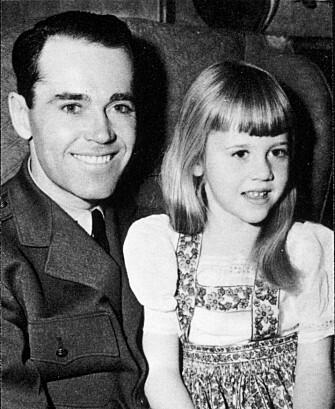 MED PAPPA: Stjerneskuespilleren Henry Fonda ble alenepappa til Jane og broren Peter da moren tok livet av seg. (Foto: NTB Scanpix)