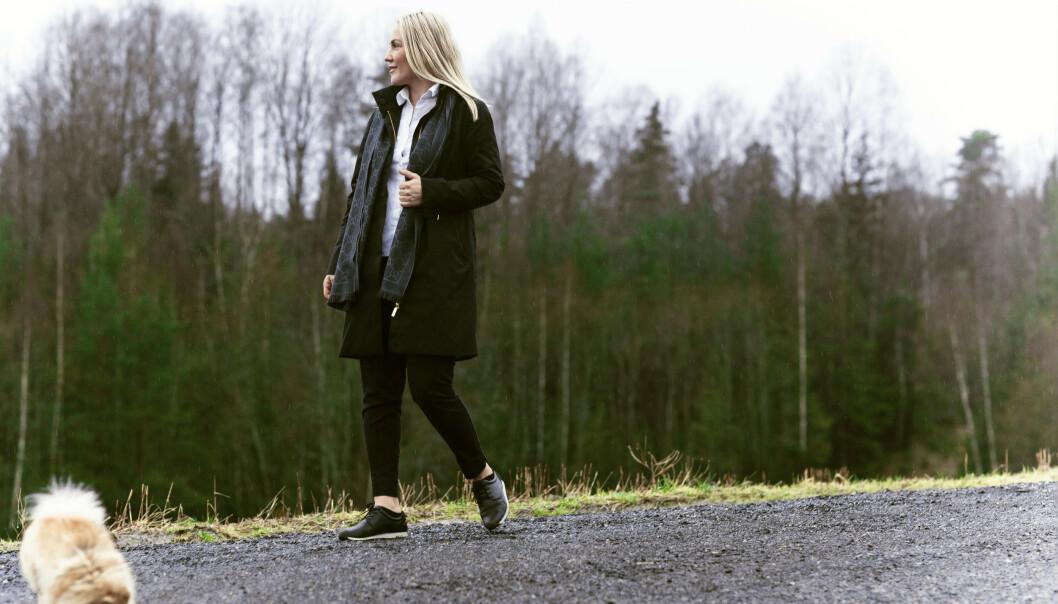 TILBAKE TIL RØTTENE: Den tidligere modellen har lagt det hektiske livet i rampelyset bak seg og bor i dag i landlige omgivelser like sør for Oslo. FOTO: Astrid Waller