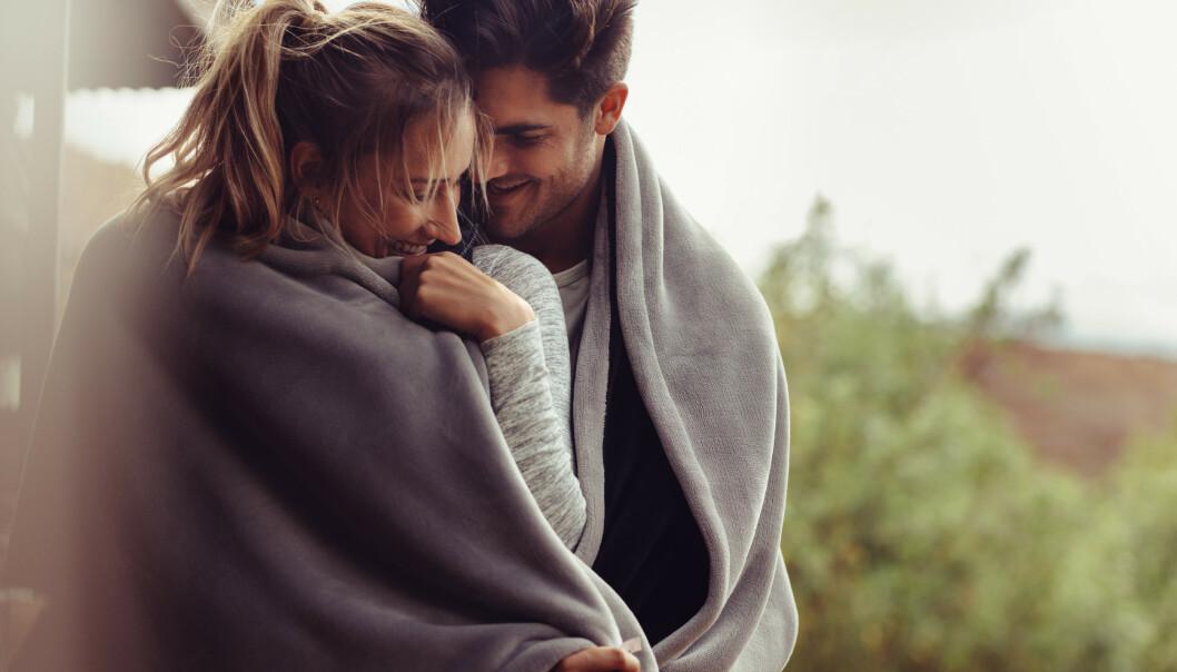 INDIKATOR: En liste med 15 spørsmål laget av en forholdsforsker, kan gi deg en indikasjon på om romansen er verdt å beholde. FOTO: NTB Scanpix