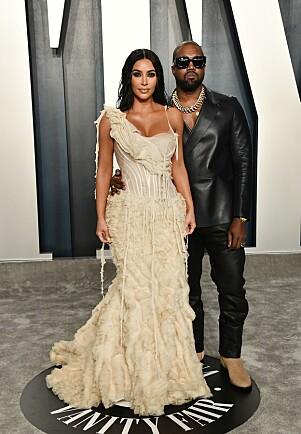 <strong>EKTEPAR:</strong> Kim Kardashian og Kanye West matchet ikke, men strålte i hver sine nøye utvalgte antrekk. Foto: NTB scanpix