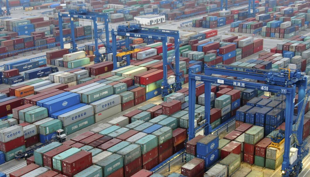 <strong>ØKER:</strong> Inflasjonen øker i Kina på grunn av virusutbruddet i landet. Restriksjonene som er innført, gjør det vanskeligere å reise, handle og frakte varer. Foto: Chinatopix via AP I/ NTB scanpix