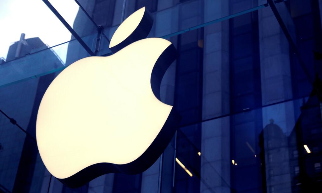 BØTELAGT: Franske myndigheter har bøtelagt Apple for villedende kommersiell praksis. Foto: Mike Segar / Reuters / NTB Scanpix