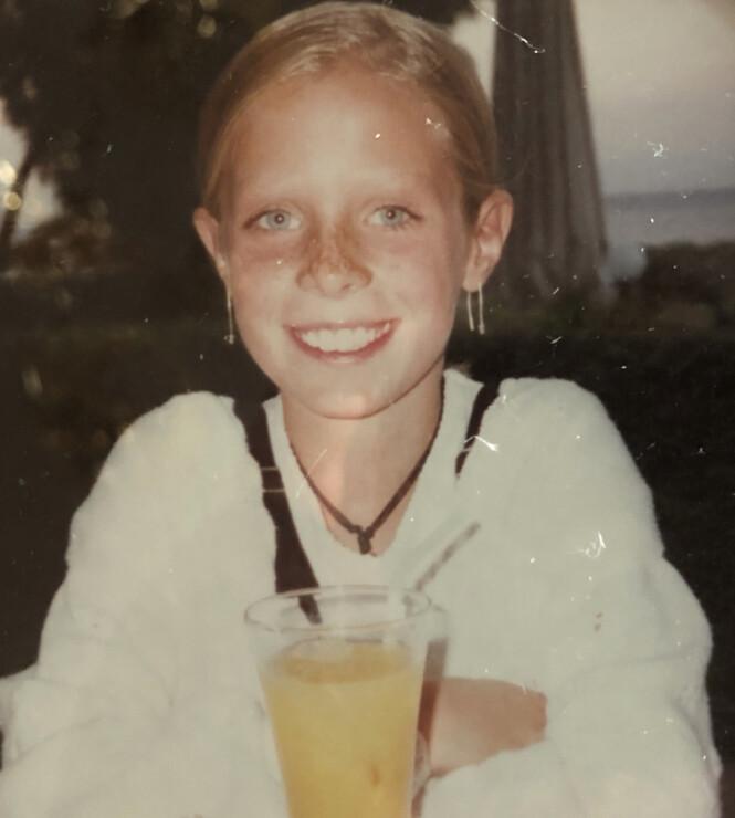 BLID OG OMGJENGELIG: Foreldrene til Lene Marie Fossen beskriver henne som et sosialt og aktivt barn. Det var før anoreksisykdommen rammet henne som 10-råing. FOTO: Privat
