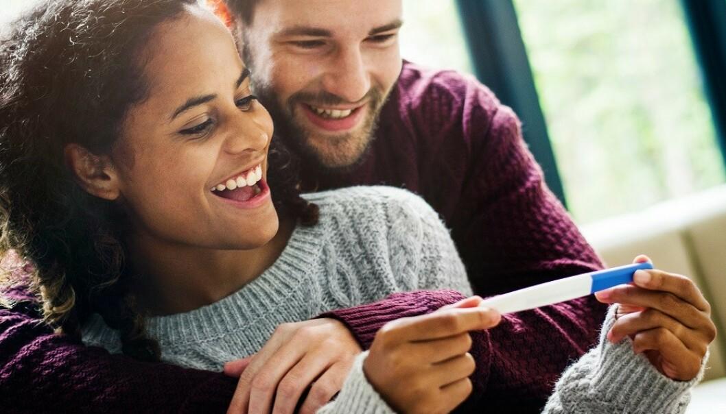 <strong>DE FLESTE LYKKES:</strong> Blant friske og unge par som har samleie regelmessig, vil 90 prosent bli gravide i løpet av ett år. FOTO: NTB Scanpix