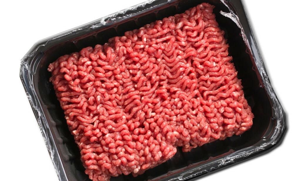 IKKE NOK MENGDE: Ifølge Justervesenet opplever de at ferdigpakkede kjøttprodukter inneholder mindre kjøtt en det kravene tilsier. Foto: NTB Scanpix