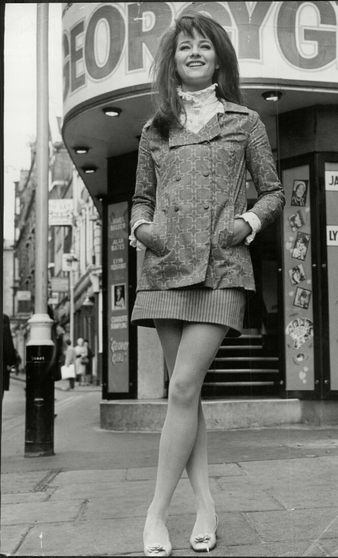 IT-GIRL: Det er The Swinging Sixties i London, og Charlotte er med på alt som er gøy. (Foto: NTB Scanpix)