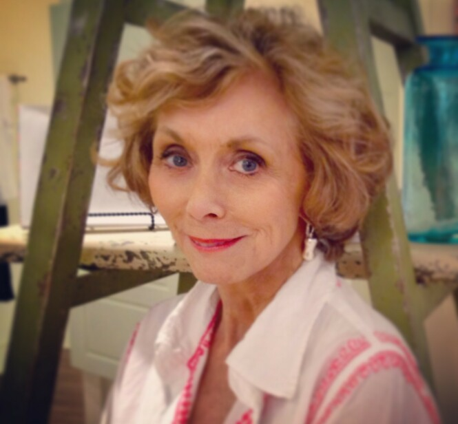 FLOTT: Myra har giftet seg på nytt, og heter i dag Myra Lewis Williams. FOTO: Deeds Publishing