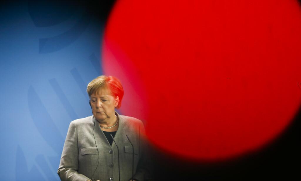 SVAKT: Det ble nullvekst for Tysklands økonomi i fjerde kvartal. Her er statsminister Angela Merkel. Foto: AP / Markus Schreiber / NTB scanpix