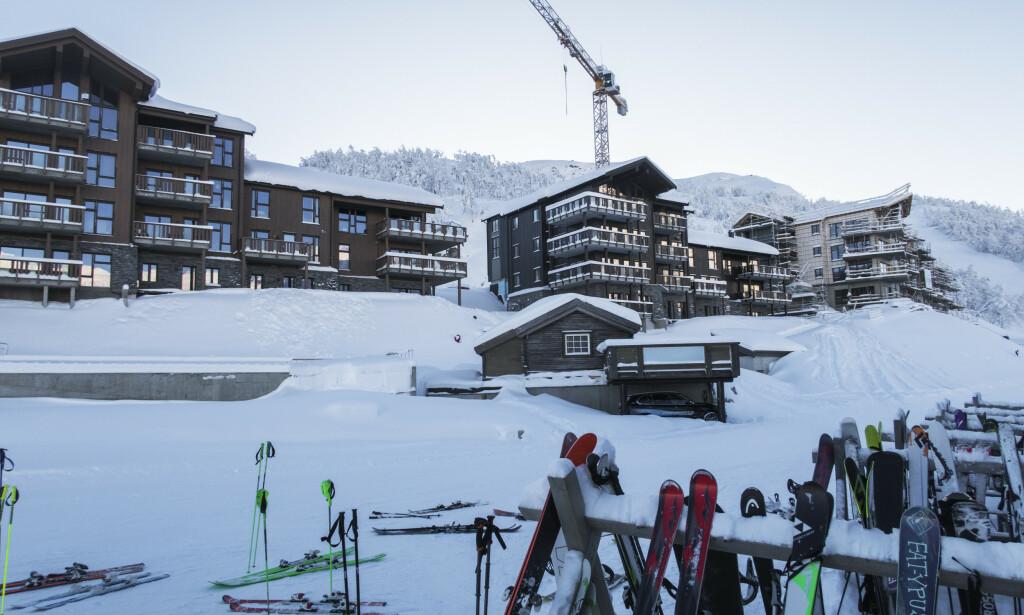 INVESTERING: Nå er noen av Varner-millionene plassert i det som beskrives som «en storslagen fjelleilighet» på totalt 329 kvadratmeter i Skigaarden-komplekset (bildet). Foto: Halvard Alvik / NTB scanpix