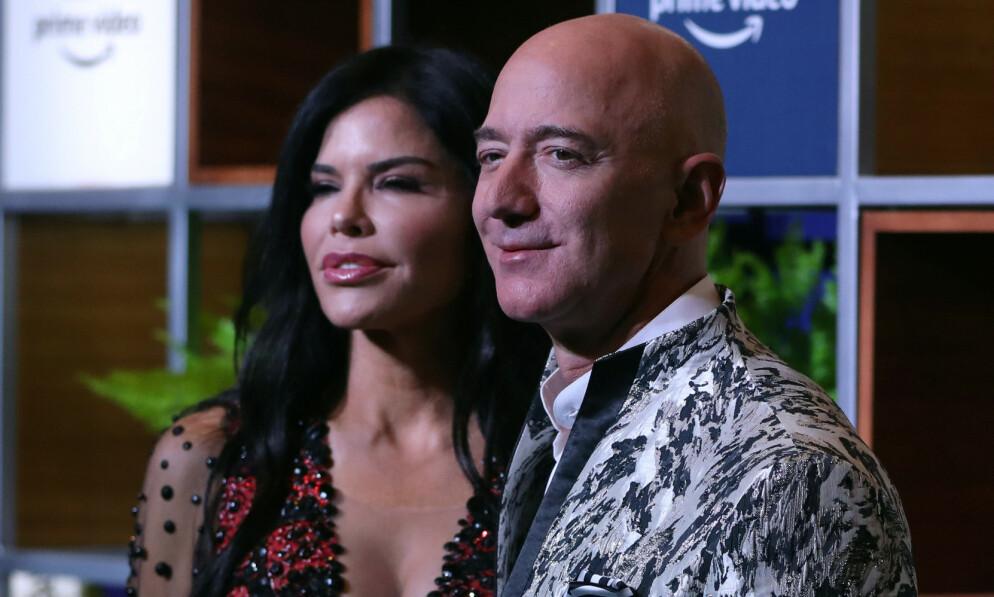SKAPTE KAOS: Lauren Sanchez ble plutselig verdenskjent da hun ble koblet til verdens rikeste mann i fjor. Siden den gang har livet hennes endret seg betraktelig. Foto: NTB Scanpix