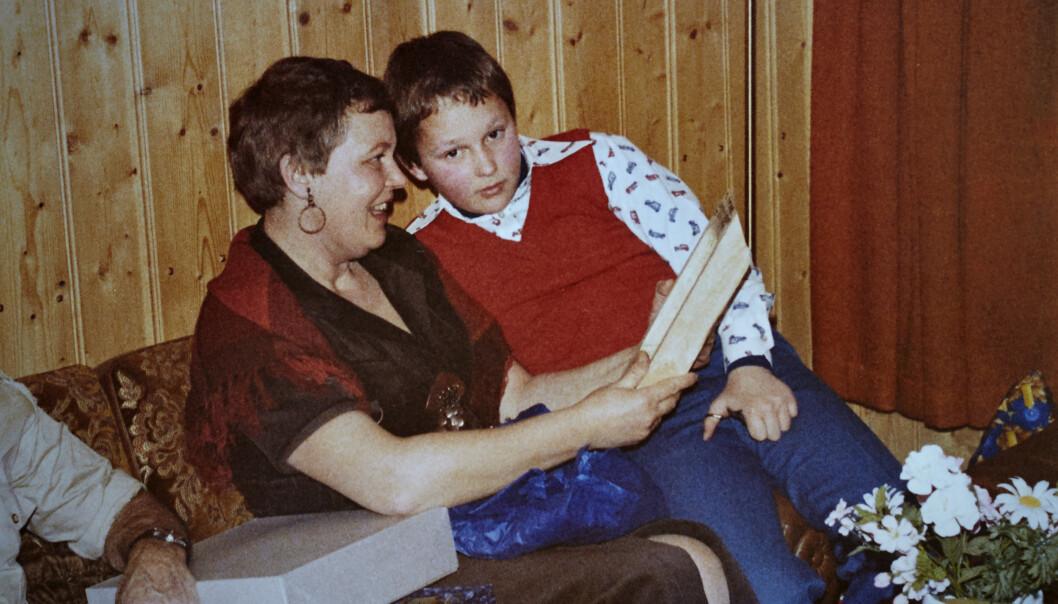 - Jeg har aldri blitt meg selv igjen, sier Gerd. Her med sin eneste sønn på fanget. Foto: Privat