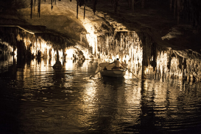 De fire grottene Cuevas del Drach er blant Mallorcas største turistattraksjoner. FOTO: Mikkel Bækgaard