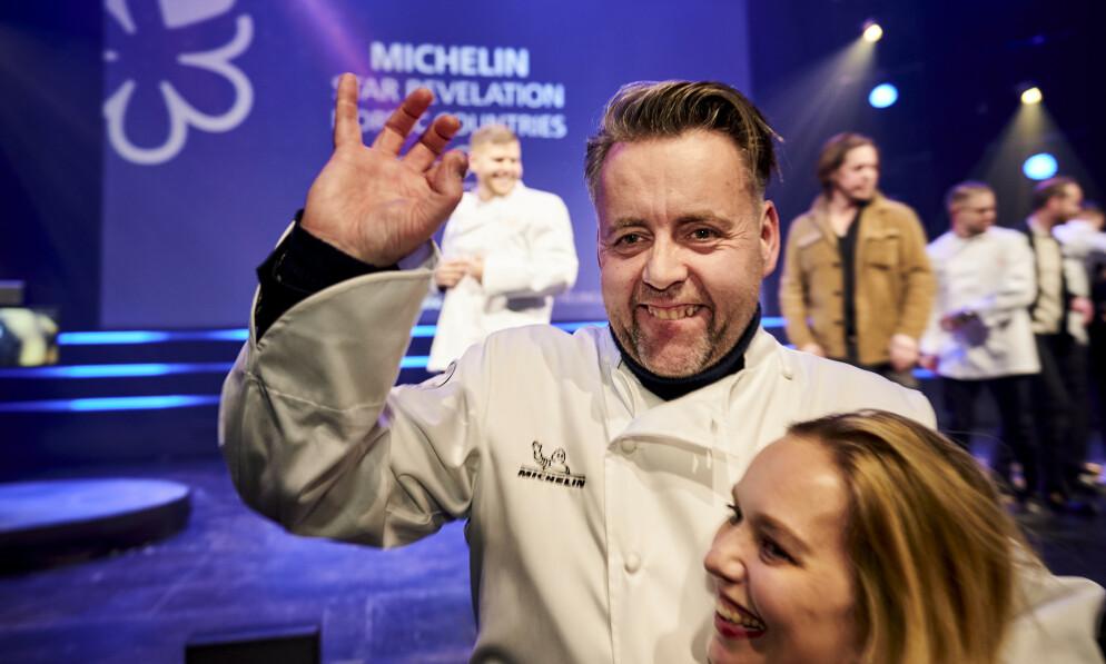 - TRAGISK SITUASJON: Det er bare én måned siden Sven Erik Renaa gikk fra en til to stjerner i Michelin-guiden. Nå står han og resten av restaurantbransjen i en krise. Foto: Ole Martin Wold / NTB Scanpix