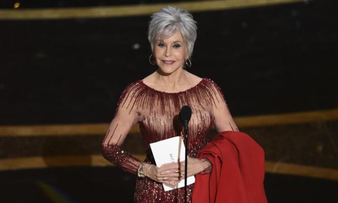 <strong>NYTT HÅR:</strong> Jane Fonda dukket opp med ny frisyre under årets Oscar-utdeling. Foto: NTB scanpix
