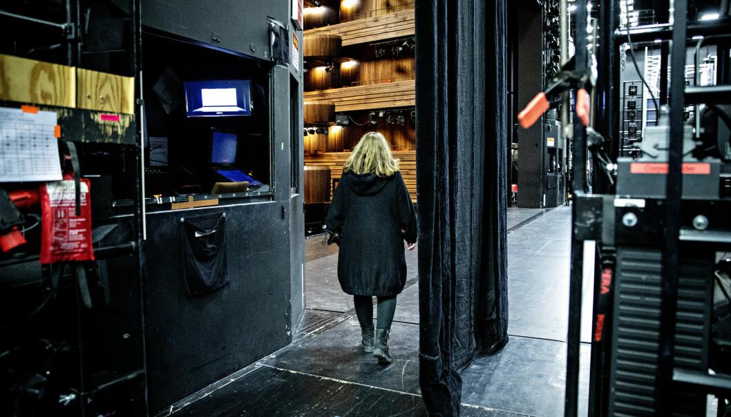NYTT ARBEIDSLIV: Siden hun pensjonerte seg har Ingebjørg Kosmo jobbet frilans ved noen av operaens oppsetninger. Noe av det som er rarest med pensjonisttilværelsen er at den jevnlige kontakten med gode kolleger forsvinner. Foto: Nina Hansen/Dagbladet