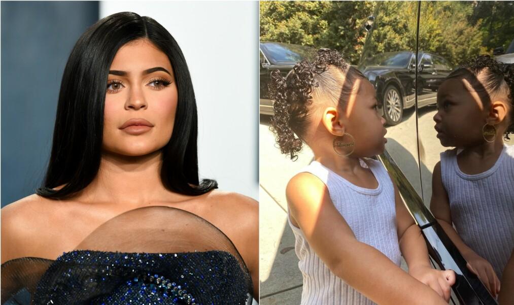 ØREPYNT TIL BESVÆR?: Kylie Jenners (22) datter, Stormi (2), virker å være svært fornøyd med de nye øredobbene sine. Blant Instagram-følgerne florerer det riktignok helt andre synspunkter. Foto: NTB Scanpix / Instagram