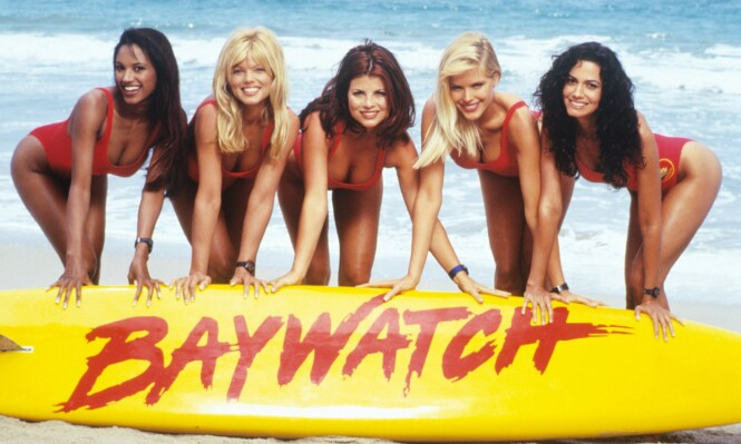 <strong>2000:</strong> Her er skuespillerne avbildet sammen. Fra venstre ser vi Traci Bingham, Donna D`Errico, Yasmine Bleeth, Gena Lee Nolin og Nancy Valen. Foto: NTB Scanpix