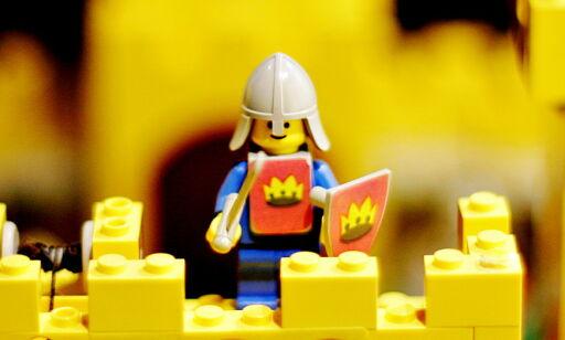 image: Legofigurens far er død
