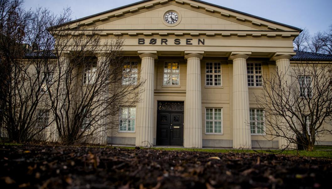 <strong>STUPER:</strong> Oslo Børs faller fra start fredag. Foto: Stian Lysberg Solum / NTB scanpix