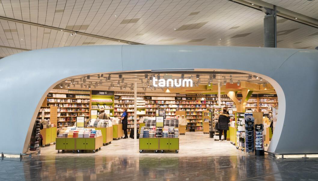 <strong>FORSVINNER:</strong> Cappelen Damm har inngått avtale med Norli om virksomhetsoverdragelse av flere Tanum-butikker. Flyplassbutikkene blir til Ark, og de andre til Norli. Foto: Stian Lysberg Solum / NTB scanpix