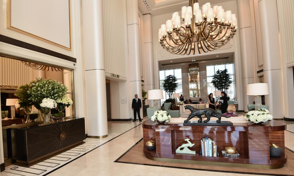 LUKSUS: Hilton skal ha brukt ufine metoder i forbindelse med åpningen av Waldorf Astoria Hotel i Beverly Hills. Det hevder i alle fall konkurrenten The Peninsula Bevery Hills, som saksøker hotellet for industrispionasje. FOTO: Rob Latour / Variety / REX / NTB scanpix