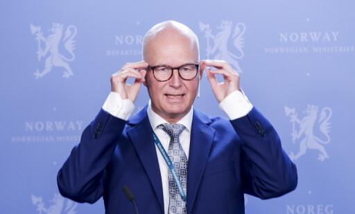 Helsedirektør Bjørn Guldvog har vide fullmakter til å iverksette smitteverntiltak for å hindre spredning av det nye koronaviruset i Norge. Foto: Vidar Ruud / NTB scanpix