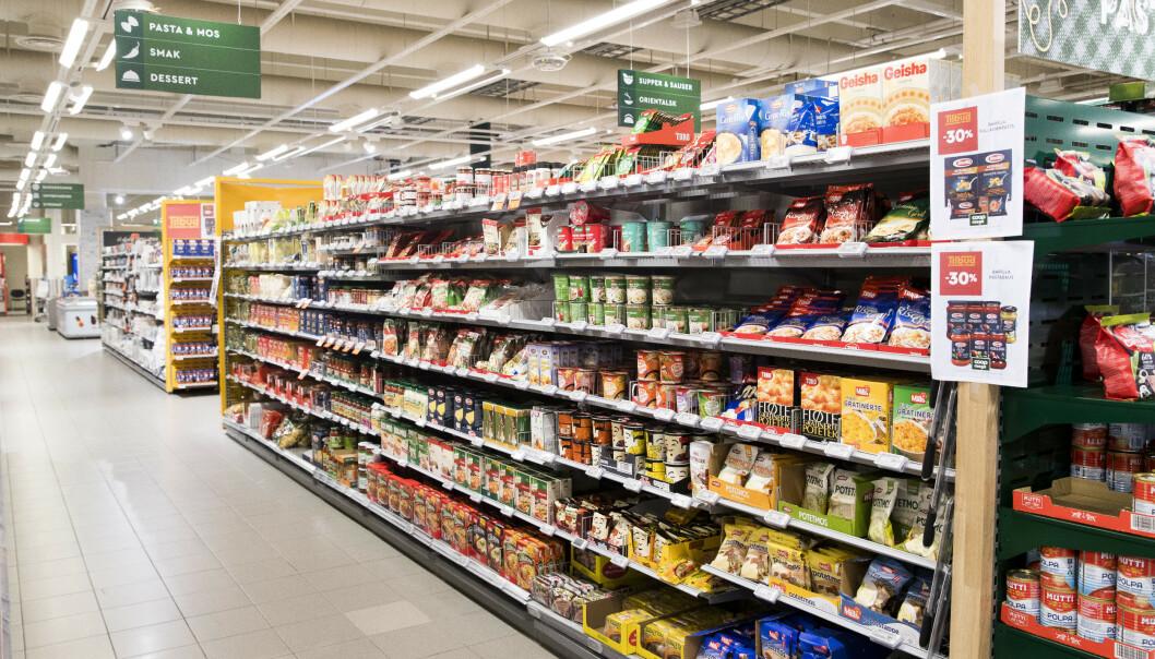 Dagligvarebransjen er forberedt på at kunder kan komme til å hamstre varer i forbindelse med utbredelse av koronaviruset. Foto: Terje Pedersen / NTB scanpix