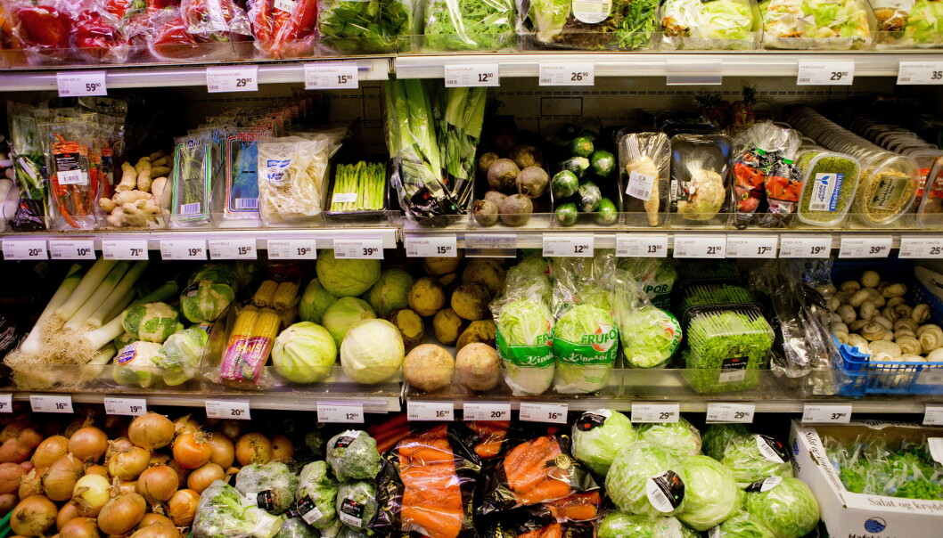 <strong>HAMSTRING:</strong> Dagligvarebransjen er forberedt på at kunder kan komme til å hamstre varer i forbindelse med utbredelse av coronaviruset. Foto: Tore Meek / Scanpix