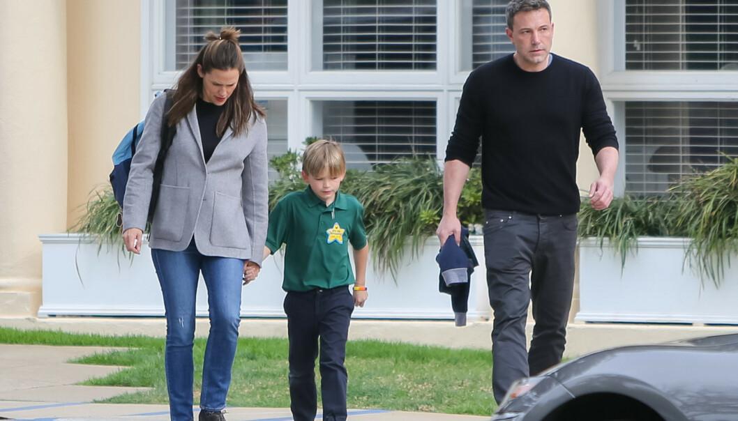 <strong>GJENFORENT:</strong> Garner og Affleck viste seg sammen i anledning sønnen Samuels 8-årsdag. Foto: NTB Scanpix