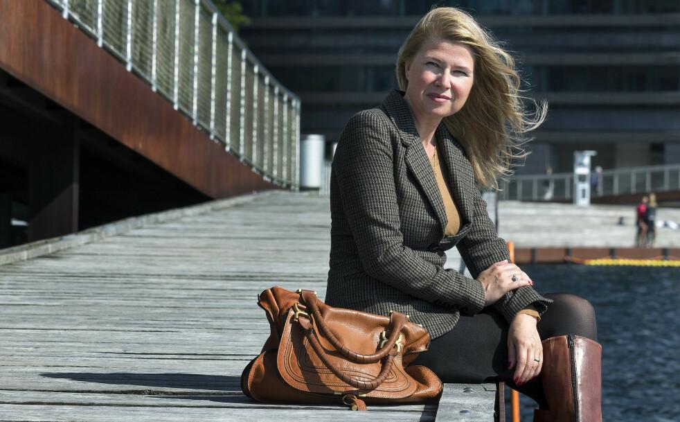 ØKONOMI: Pernille Wahlgreen (46) er blitt økonomisk uavhengig etter å ha investert i aksjer siden hun var i midten av 20-årene. FOTO: Camilla Stephan