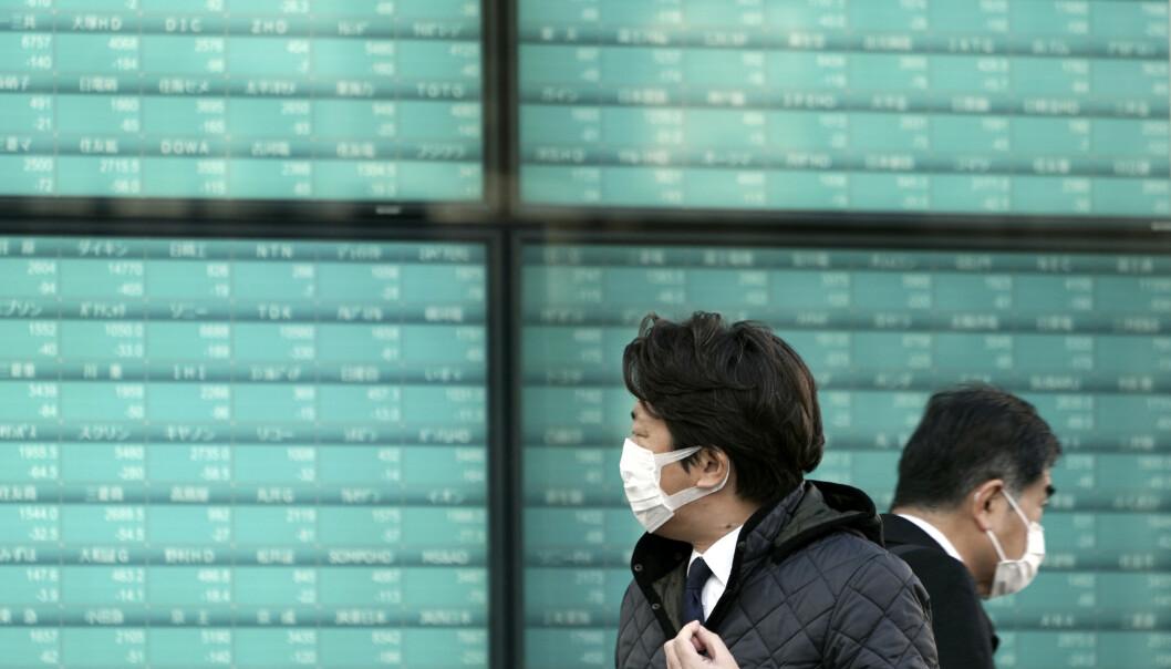 <strong>OPPGANG:</strong> Børsene i Japan steg etter å ha falt stygt forrige uke. Foto: Eugene Hoshiko / AP / NTB Scanpix