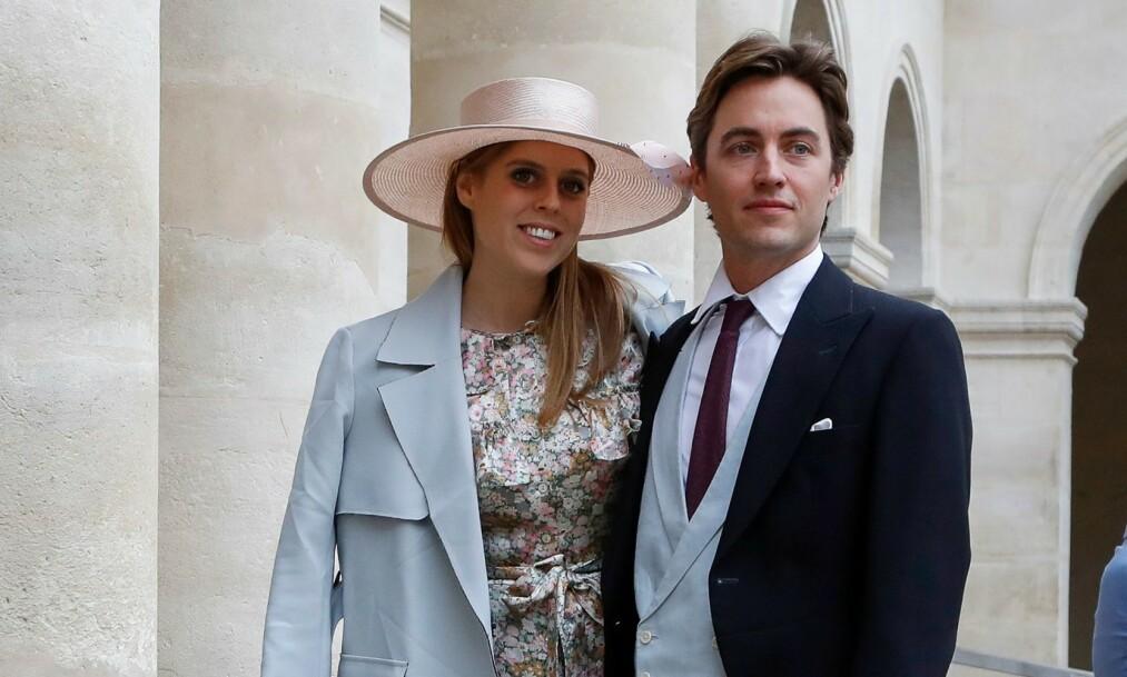 <strong>FORLOVET:</strong> 29. mai i år skal prinsesse Beatrice og forloveden Edoardo Mapelli Mozzi gifte seg. Det betyr at prinsessen også får en splitter ny, italiensk tittel. Foto: NTB Scanpix