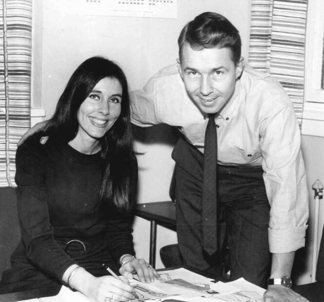 UNGE GRÜNDERE: Anne Lise Vold og Ole Fredrik Vold fotografert på 70-tallet under arbeid med nye kolleksjoner. Foto: Tordis Ødbehr