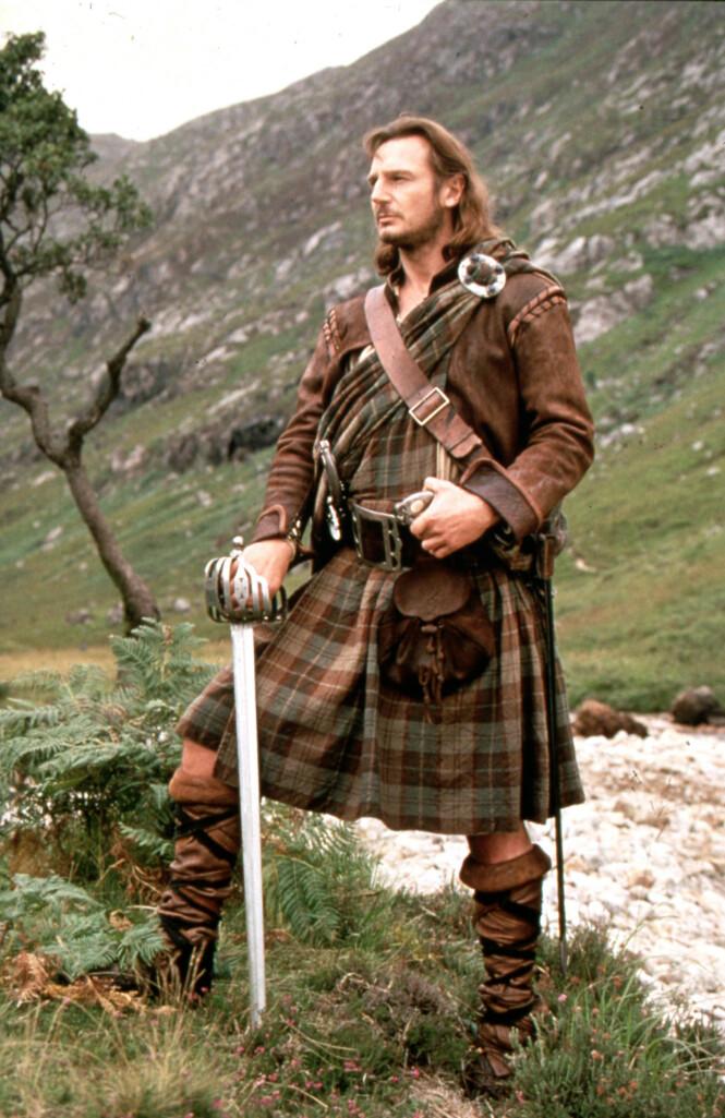 MANN FOR SIN KILT: Liam Nesson i som skotsk klanoverhode i filmen «Rob Roy» fra 1995. Det er uvisst om Neesons mangeårige body double måtte trå til allerede her. FOTO: NTB Scanpix