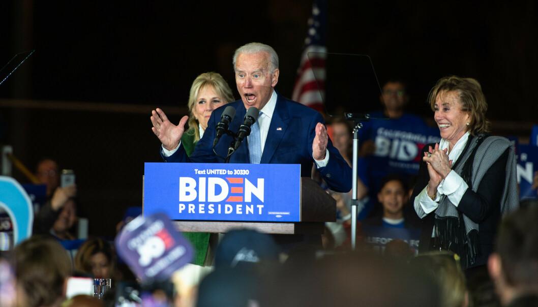 OFFENSIV: Det var en offensiv og opplagt Joe Biden som talte til valgvaken i Los Angeles. Foto: Øistein Norum Monsen / Dagbladet