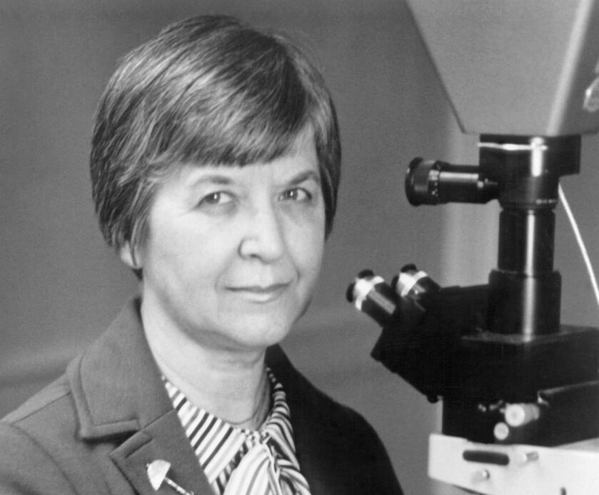 MASSEOPPFINNER: Stephanie Kwolek var kjemiker og fant opp det utrolige materialet kevlar. FOTO: NTB scanpix