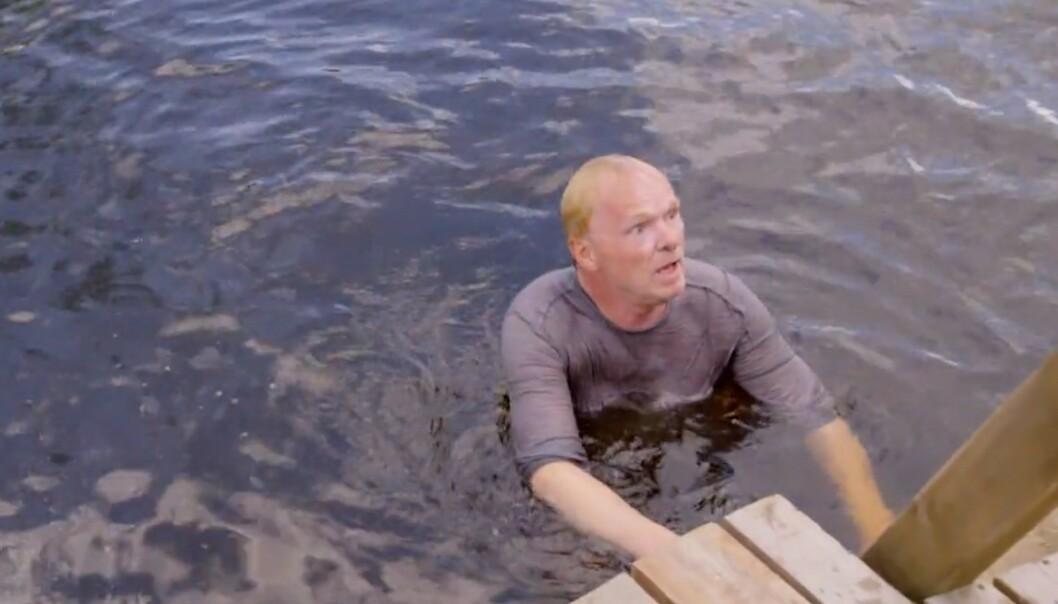 FIKK BARIS-NEKT: Per Sandberg fikk beskjed fra kjæresten om at han ikke skulle vise seg i undertøyet. Foto: Skjermdump/TV 2