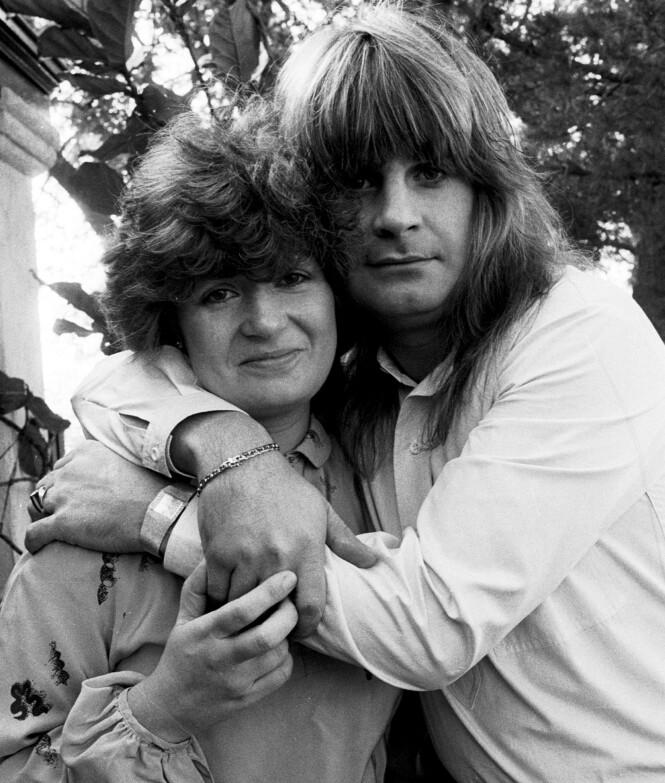 <strong>DEN GANG DA:</strong> I 1982 giftet ekteparet Osbourne seg. Siden den gang har skandalene kommet som perler på ei snor. Her er de fotografert i 1981, den gang Sharon hadde etternavnet Arden. Foto: NTB scanpix