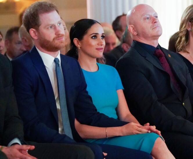 KJÆRTEGN: Det er tydelig at Meghan og Harry finner god støtte og trygghet i hverandre.FOTO: NTB scanpix
