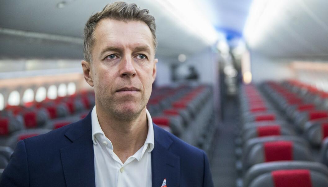 <strong>KREVENDE PERIODE:</strong> I likhet med andre flyselskaper, har Norwegian fått kjenne konsekvensene av corona-utbruddet. Avbildet er Norwegians kommunikasjonsdirektør, Lasse Sandaker-Nilsen. Foto: Ole Berg-Rusten / NTB Scanpix