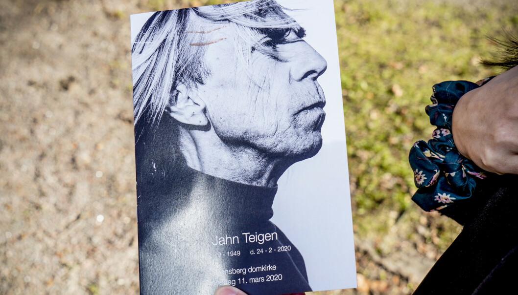 <strong>JAHN TEIGEN:</strong> Programmet til Teigens bisettelse. Foto: Hans Arne Vedlog / Dagbladet