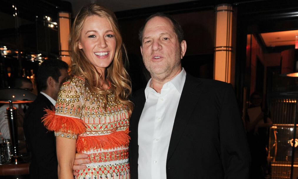 <strong>DØMT:</strong> Harvey Weinstein er dømt til 23 års fengsel for overgrep. Her avbildet med skuespiller Blake Livley i 2011, før anklagene mot Weinstein rullet ut i offentligheten. Foto: NTB scanpix