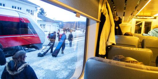 image: Mann som hostet på folk på Bergensbanen, har ikke coronaviruset