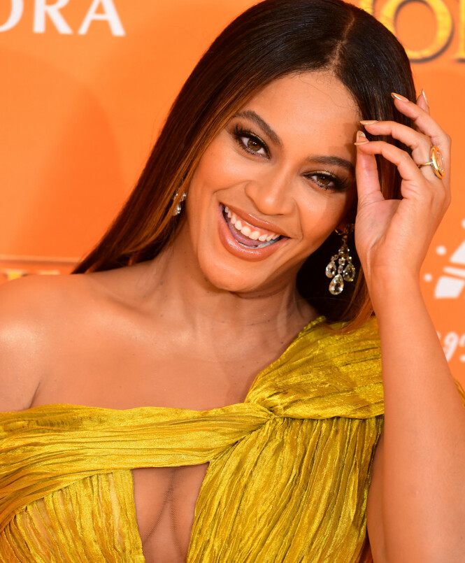 SVINDYR: Ringen på Beyoncés finger skal ha en verdi på 50 millioner kroner. Foto: NTB scanpix
