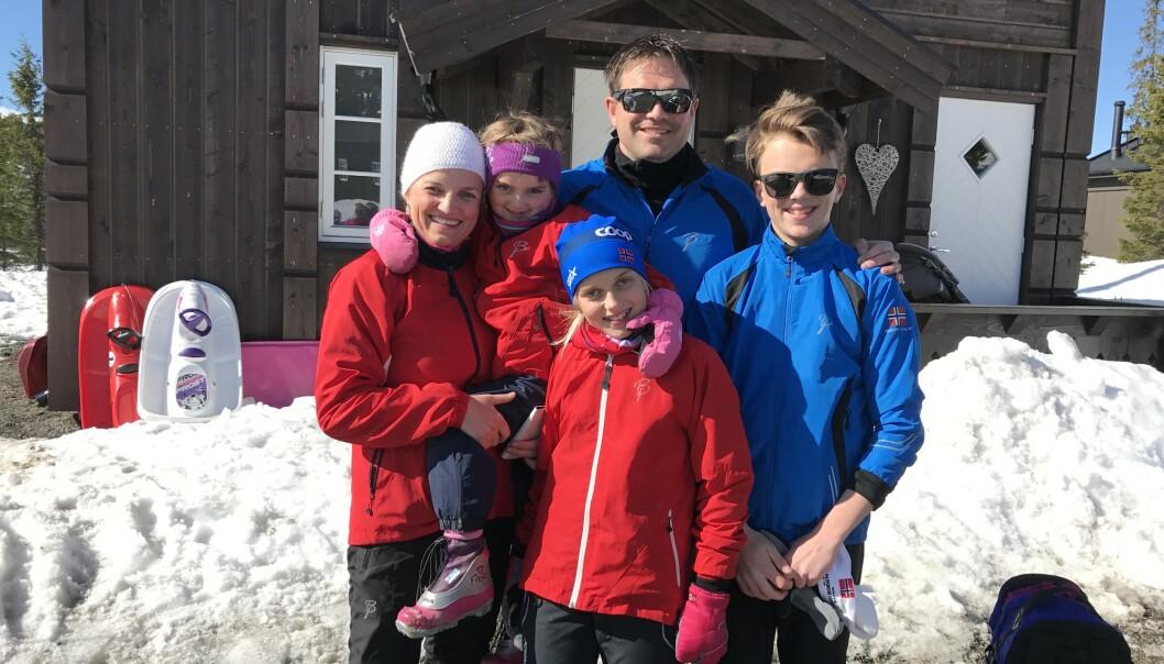 HELE GJENGEN: - Hele familien har sørget på sin måte, sier Heidi. I seks år fikk de beholde lillesøster. FOTO: privat